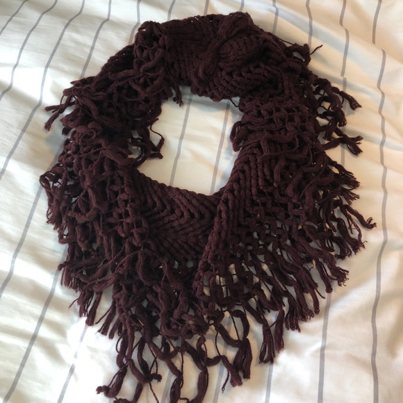 Accessories - burgundy infinity scarf
